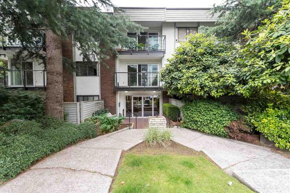 1515 Chesterfield Avenue, North Vancouver
