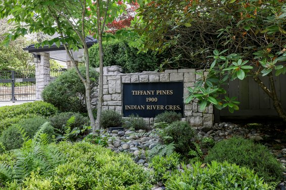 Tiffany Pines - 1900 Indian River | Townhomes For Sale + Alerts