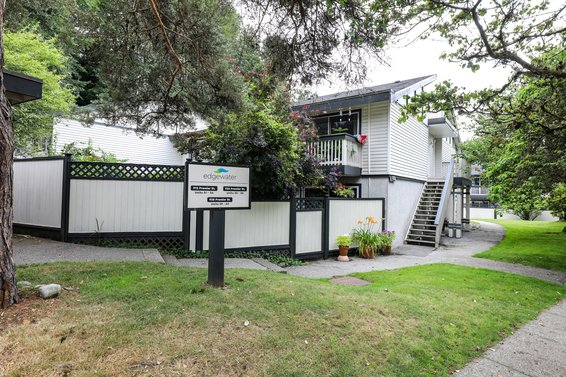 912 Premier Street, North Vancouver