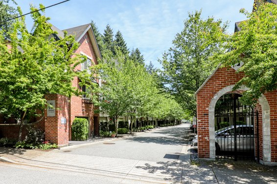 550 Browning Place, North Vancouver