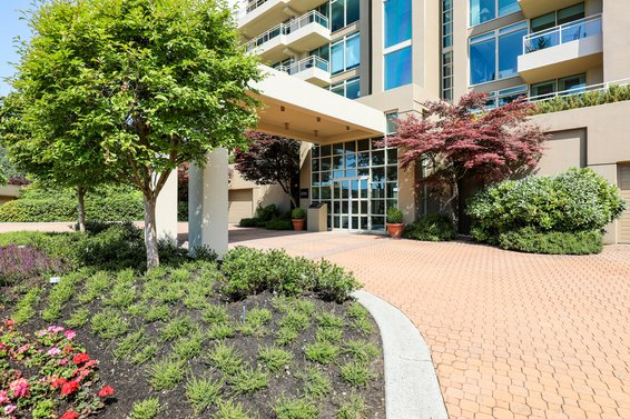 Deer Ridge - 3085 Deer Ridge | Condos For Sale + Listing Alerts