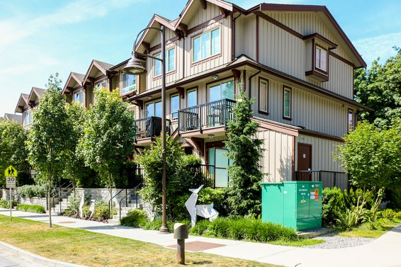 Maplewood Place - 433 Seymour River | Townhomes For Sale + Alerts
