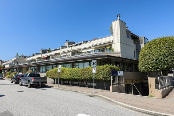 225 24th Street, West Vancouver