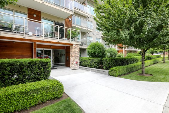 Villa St. Georges - 1033 St Georges Ave | Condos For Sale + Alerts