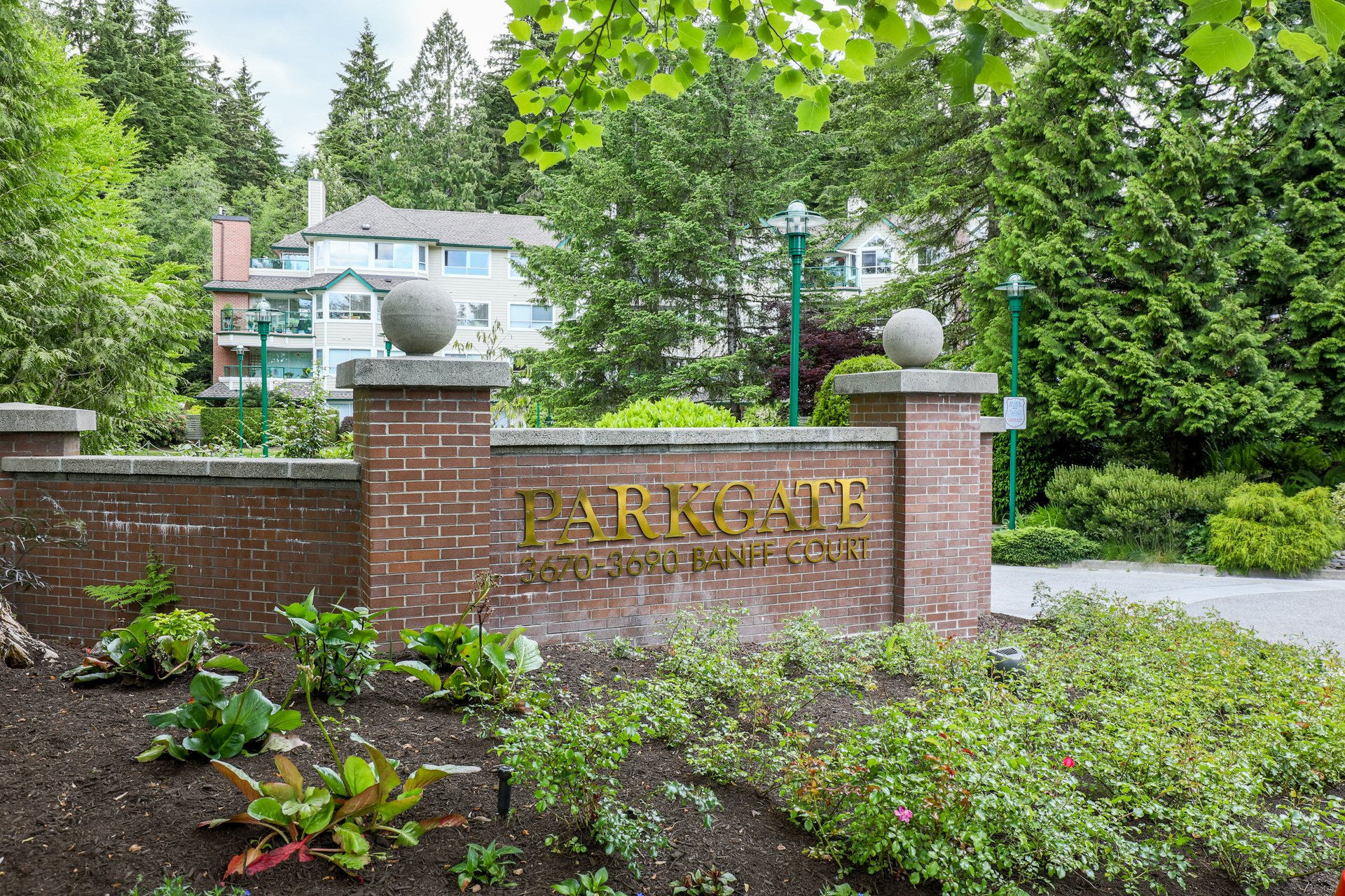 Parkgate Manor - 3670 Banff Ct | Condos For Sale + New Listing Alerts