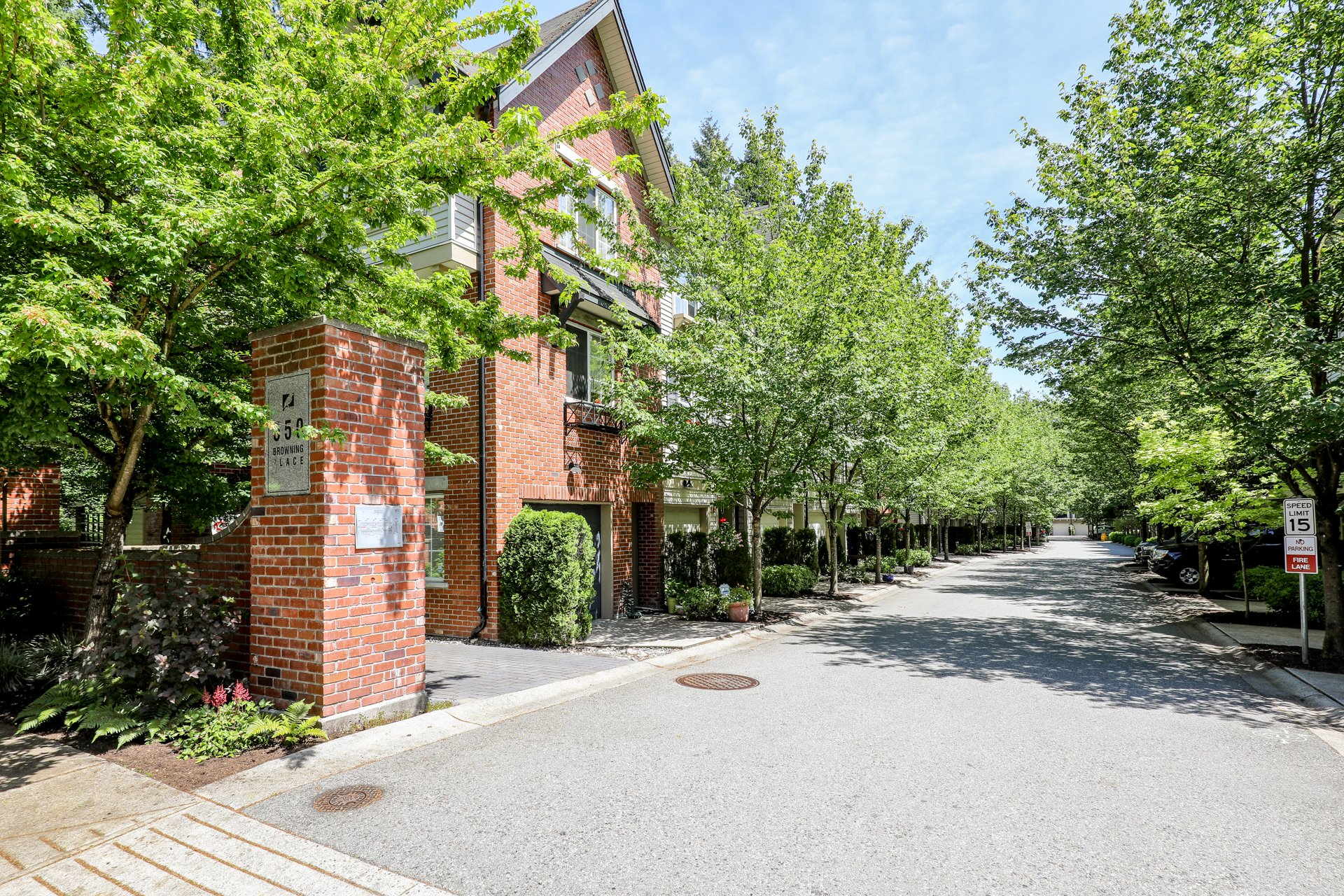 Tanager - 550 Browning Pl | Townhomes For Sale + Listing Alerts