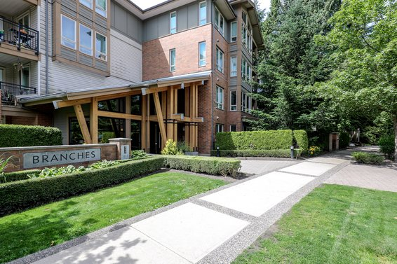 1111 E 27th Street, North Vancouver
