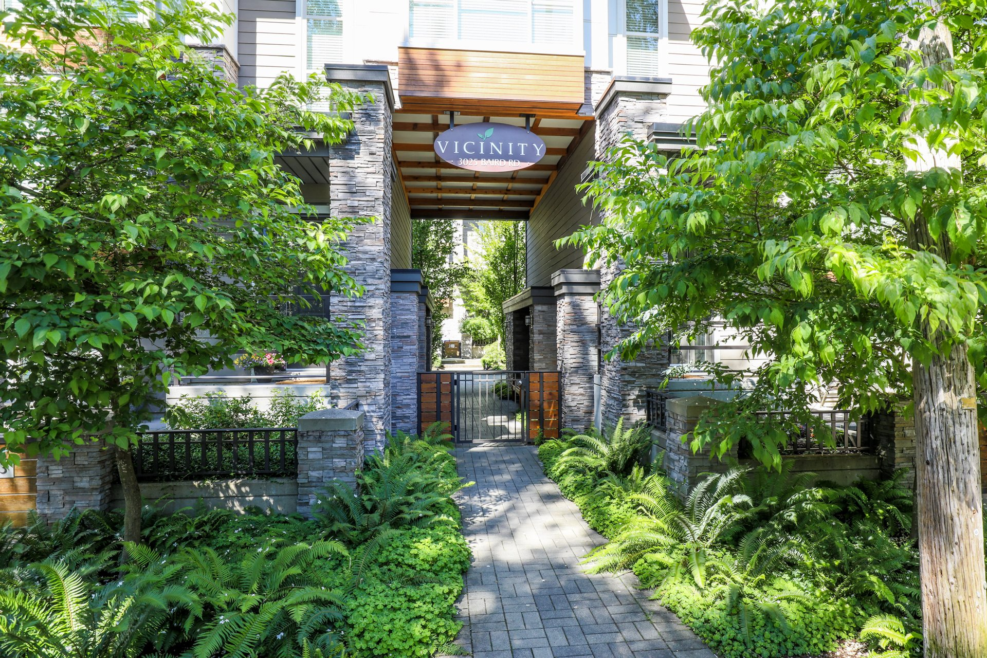 Vicinity - 3025 Baird Road | Townhomes For Sale + Listing Alerts