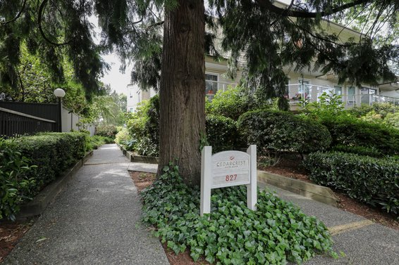 827 W 16th Street, North Vancouver