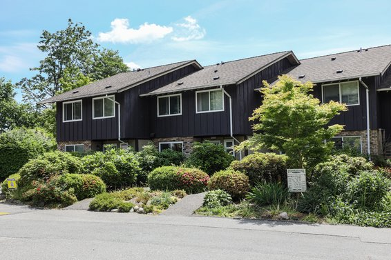 555 W 28th Street, North Vancouver