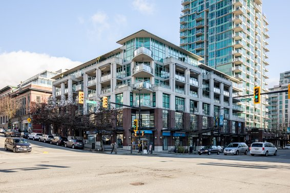The Landing - 100 E Esplanade | Condos For Sale + Sold Listings