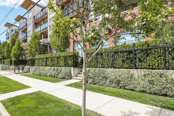 The Drive II - 1182 W 16th St | Condos For Sale + New Listing Alerts