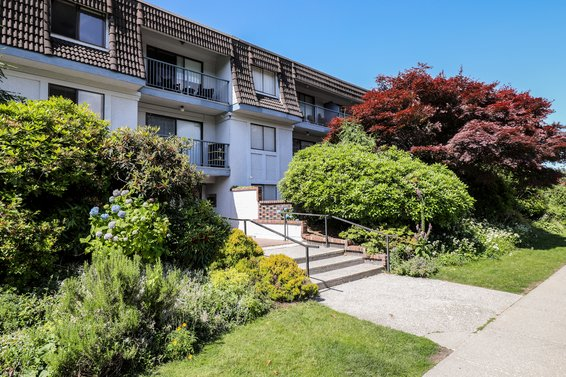 275 W 2nd Street, North Vancouver