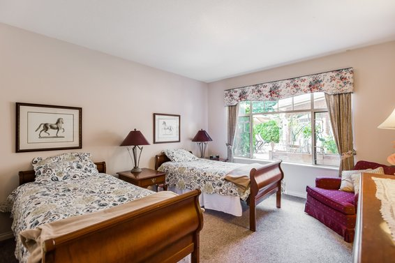 Ridge Park Gardens - 2059 Chesterfield Ave | Condos For Sale + Alerts