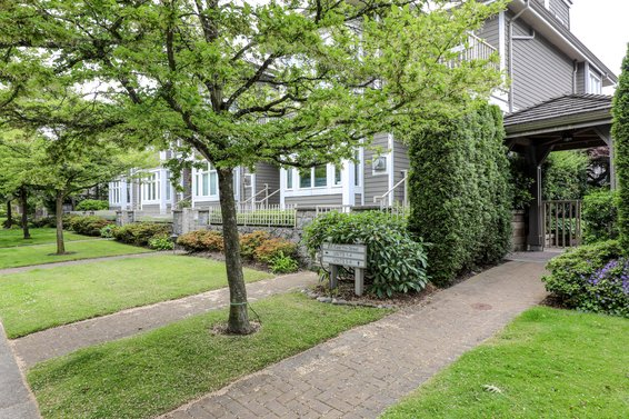 235 E 11th Street, North Vancouver