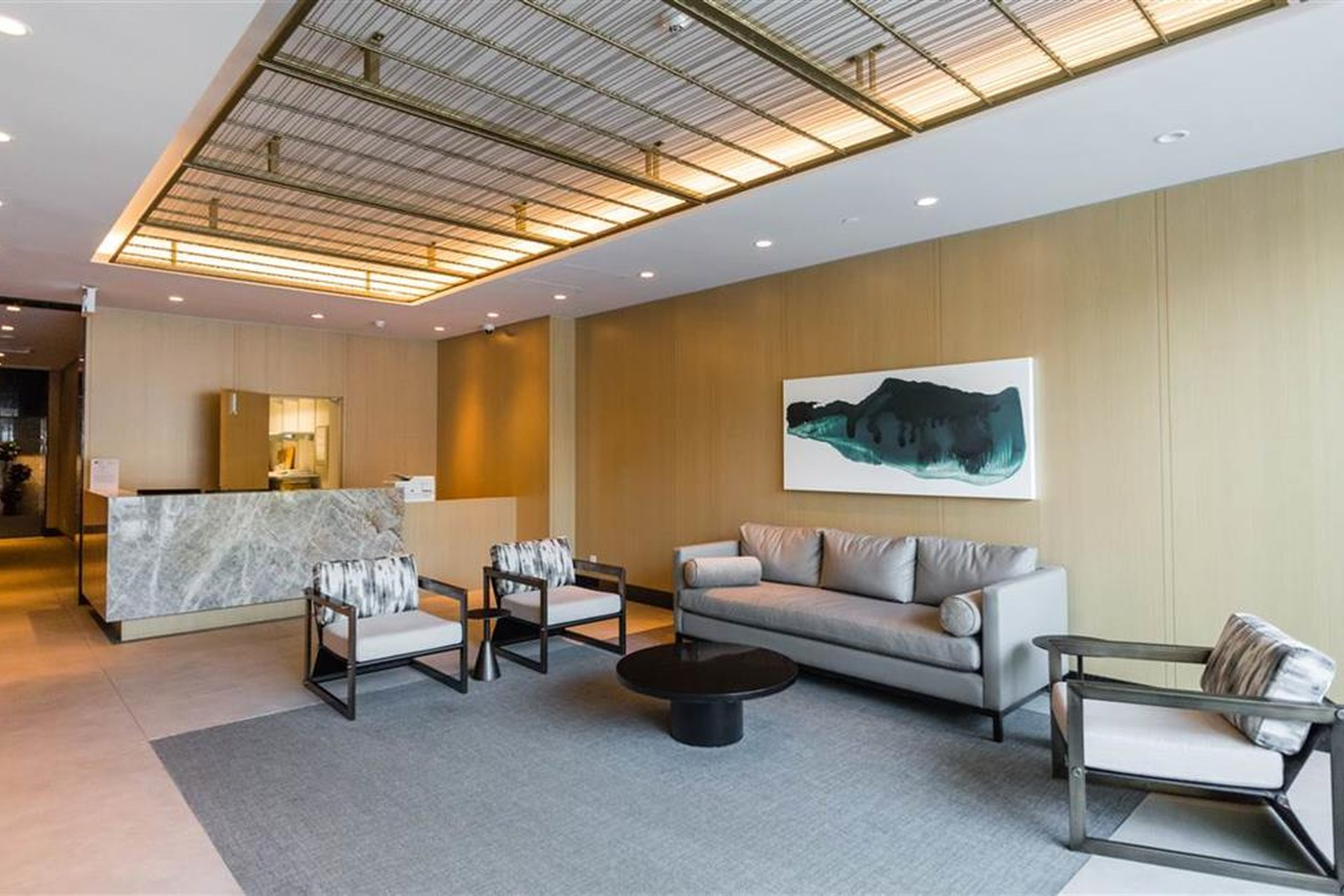 Centreview - 125 E 14th St | Lobby