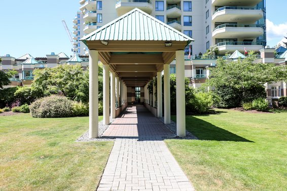 The Westroyal - 328 Taylor Way | Condos For Sale + Listing Alerts