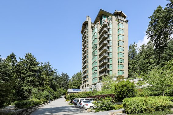 3355 Cypress Place, West Vancouver