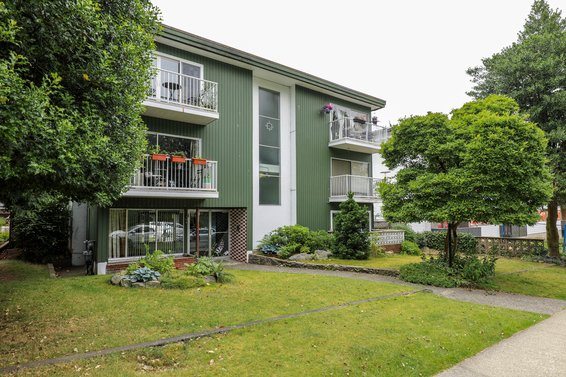 135 E 20th Street, North Vancouver