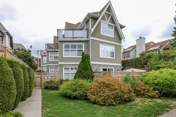 252 W 13th Street, North Vancouver