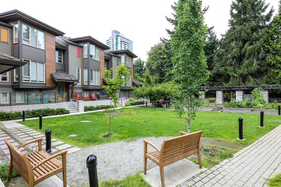 Connect at Nature's Edge - 757 Orwell | Townhomes For Sale + Alerts