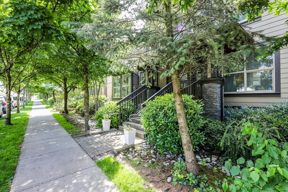 Avondale, 307 E 15th St | Townhomes For Sale + Listing Alerts