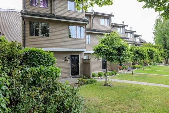The Timbers - 251 W 14th St | Townhomes For Sale + Listing Alerts