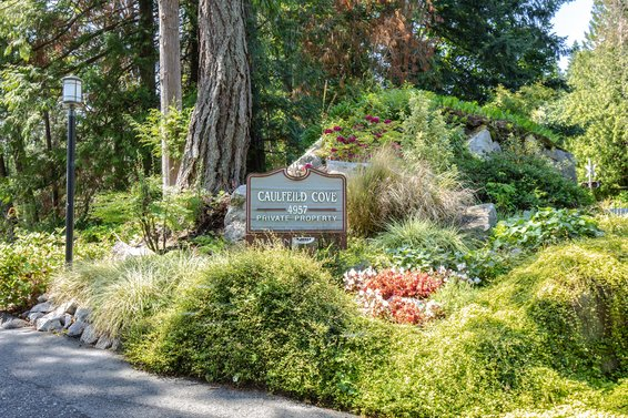Caulfeild Cove - 4957 Marine | Townhomes For Sale + Listing Alerts
