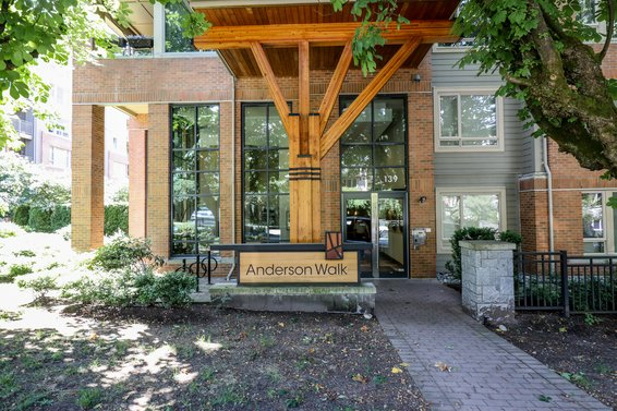 Anderson Walk - 139 W 22nd St | Condos For Sale + New Listing Alerts