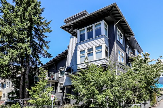 118 W 22nd Street, North Vancouver