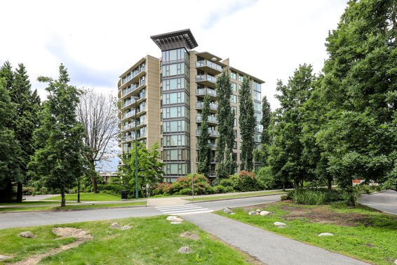 Mira on the Park - 683 W Victoria | Condos For Sale + Sold Listings