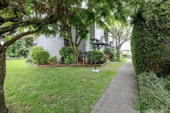 225 W 14th Street, North Vancouver