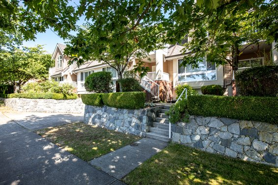 Gladwin Court - 270 E Keith Rd | Townhomes For Sale + Alerts