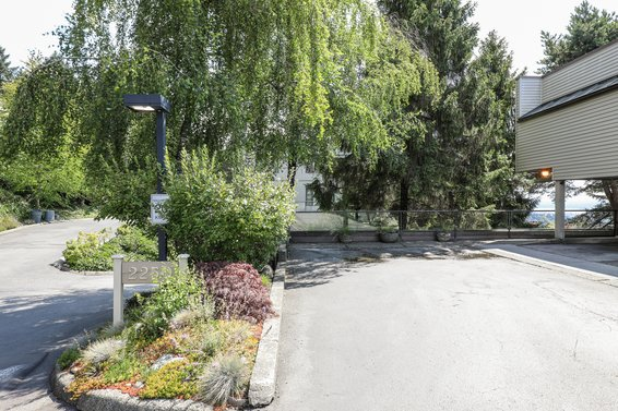 2250 Folkestone Way, West Vancouver