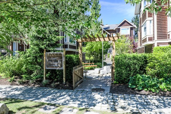 Arbour Wind - 3175 Baird | Townhomes For Sale + Listing Alerts