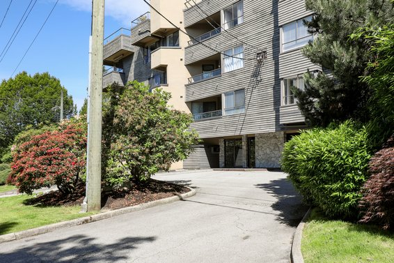 The Windsor - 114 E Windsor Rd | Condos For Sale + New Listing Alerts