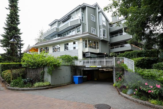 Deep Cove Estates - 4390 Gallant Ave | Condos For Sale + Listing Alerts