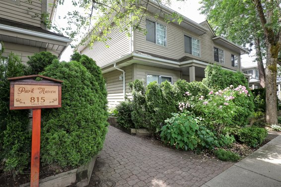 Park Haven - 815 Tobruck Ave | Townhomes For Sale + Listing Alerts