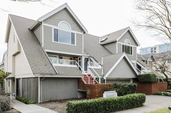 223 E Keith Road, North Vancouver