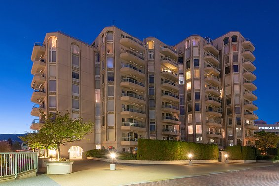 Chadwick Court - 168 Chadwick Ct | Condos For Sale + Listing Alerts