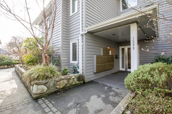 1523 Bowser Avenue, North Vancouver