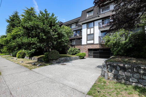 270 W 3rd Street, North Vancouver