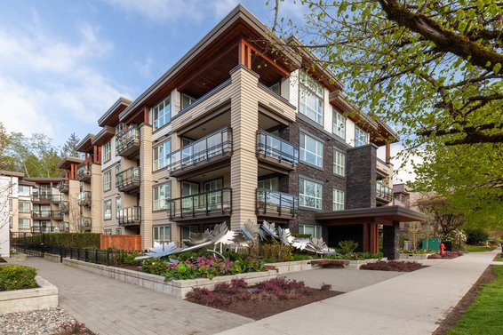 Mill House, 3205 Mountain | Condos For Sale + New Listing Alerts
