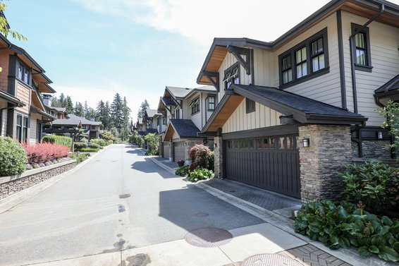Signature Estates - 3639 Aldercrest |  Townhomes For Sale + Listing Alerts