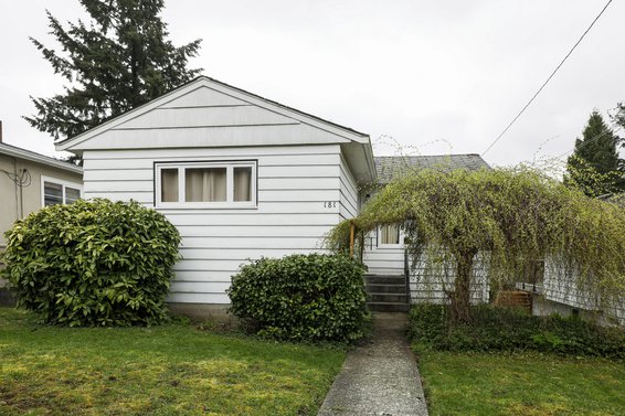 181 West Windsor Road, North Vancouver