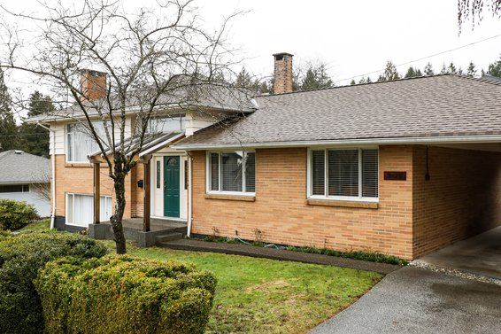 3715 Norwood Avenue, North Vancouver