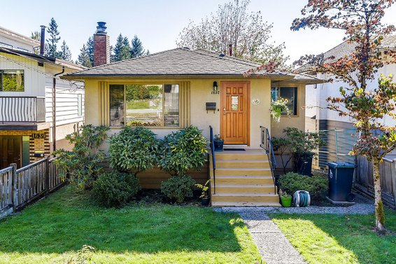 1637 Evelyn Street, North Vancouver