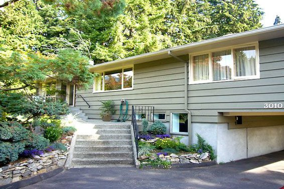 3010 Brookridge Drive, North Vancouver