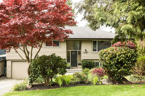2203 Hyannis Drive, North Vancouver