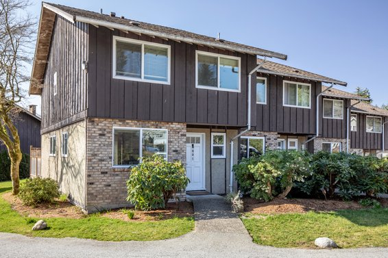 801 555 West 28th Street, North Vancouver